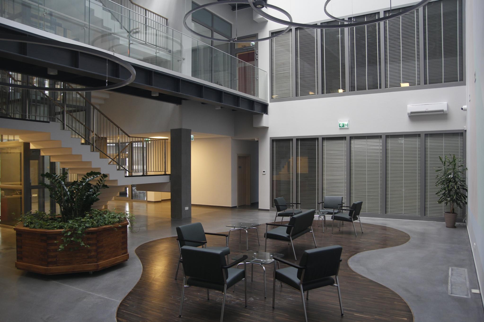 Budynek archiwum - widok od frontu