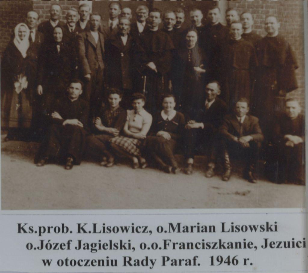 ksieza-i-rada-parafialna-1946-r